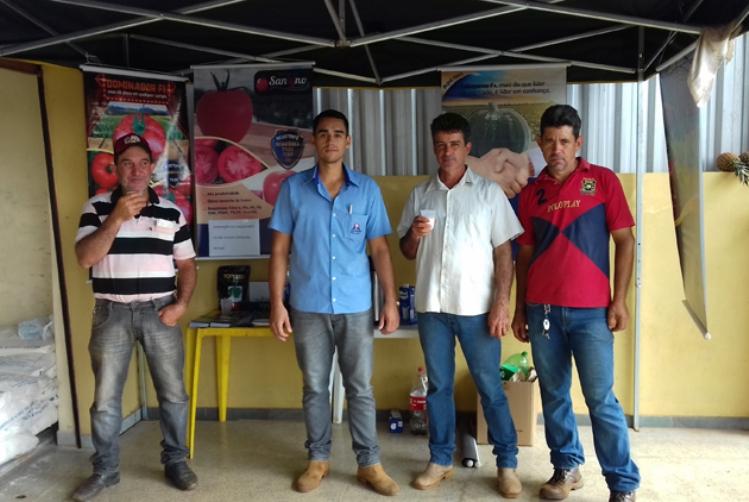 Topseed Premium realiza evento na Ceasa de Patos de Minas (MG)