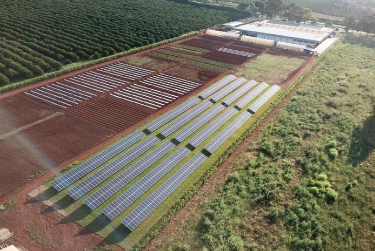 Agristar inaugura sistema de energia solar fotovoltaica