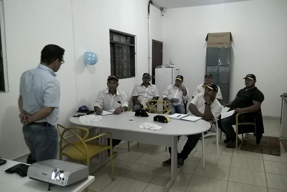 Treinamento sobre materiais híbridos em Ibiúna (SP)