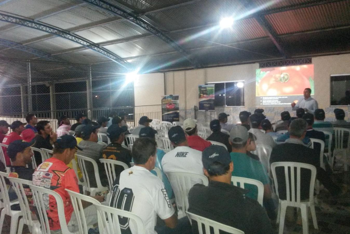 Topseed Premium realiza palestra sobre tomates em Sumidouro (RJ)