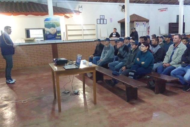 Palestra sobre abóbora Tetsukabuto em Freio Rogério (SC)