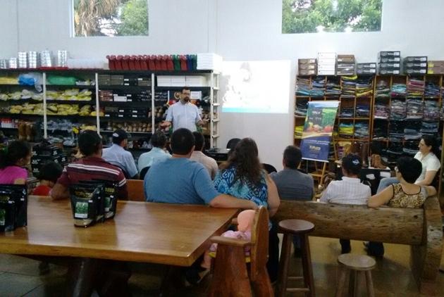 Especialista da Agristar realiza palestra em Guia Lopes de Laguna (MS)