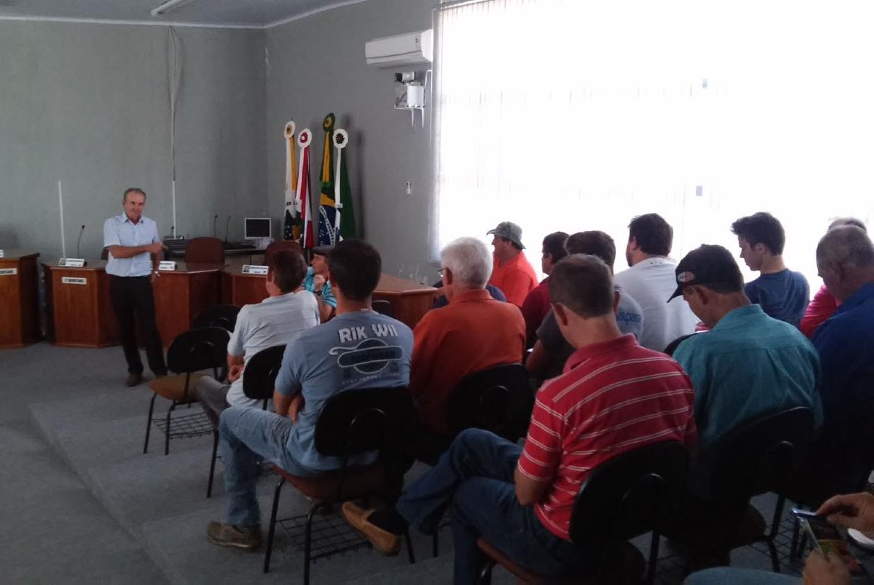 Ibiam (SC) recebe equipe Topssed Premium para palestra sobre abóboras