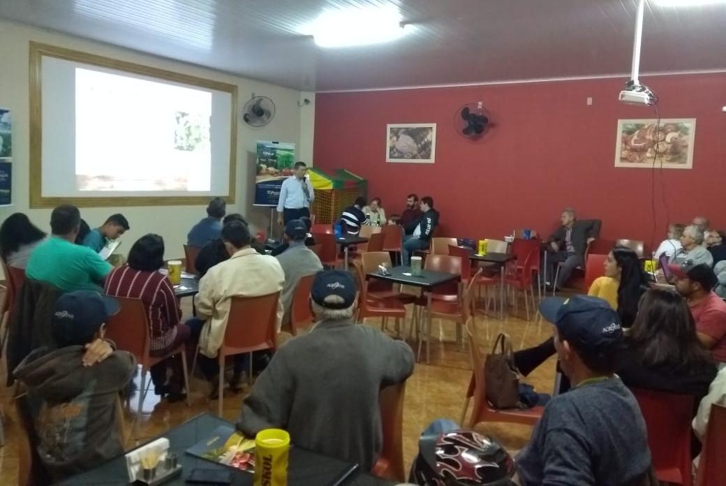 Brássicas, Folhosas e Tomates foram tema de palestra em Batatais (SP)