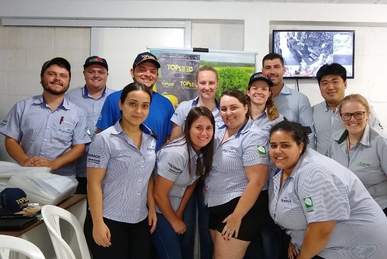 Topseed Premium promove treinamento na Agropecuária Agronilsen