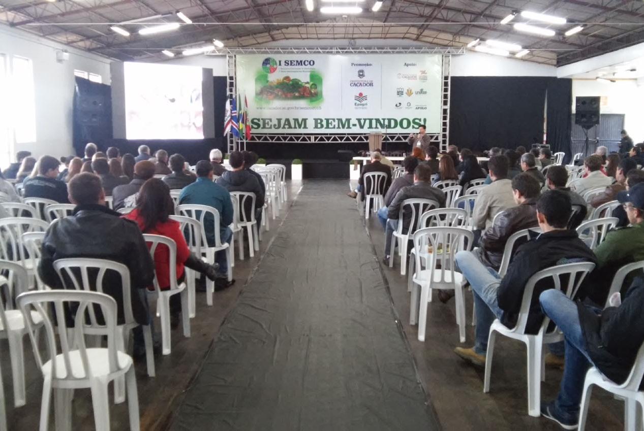 Agristar participa da 1º Feira Tecnológica em Horticultura de Santa Catarina
