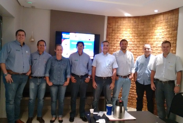 Agristar realiza treinamento para equipe do distribuidor VetSeed