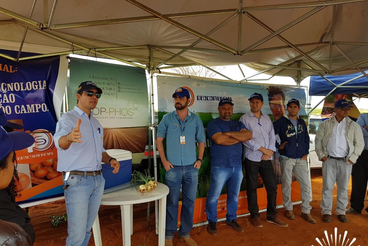 Dia de Campo da Geocomercial mostra desempenho da cebola Andrômeda F1