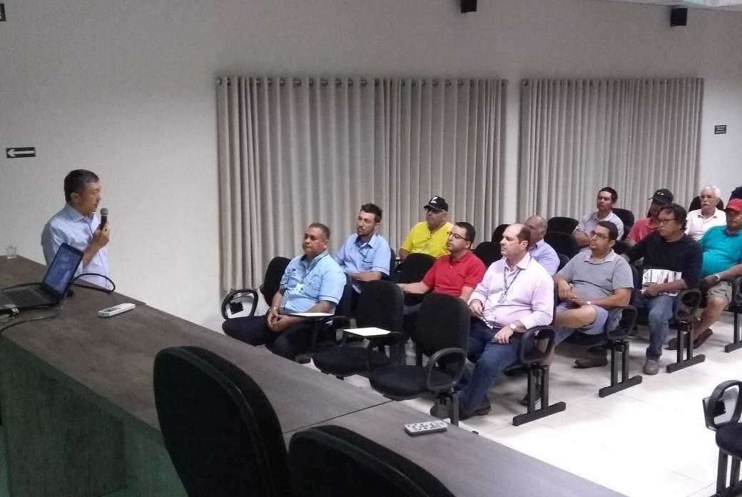 Equipe Topseed Premium e Especialista promovem palestra em Campo Grande (MS)