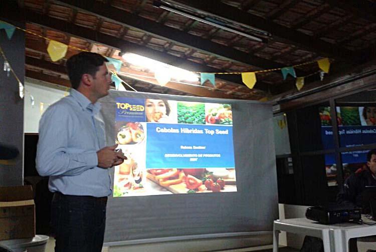 Estação Experimental de Ituporanga/SC promove palestra sobre adubação para cebolas híbridas