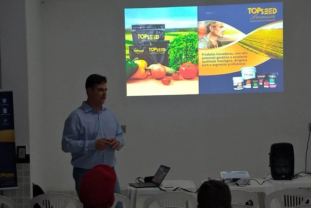 Materiais da Topseed Premium são tema de palestra em Sumidouro (RJ)