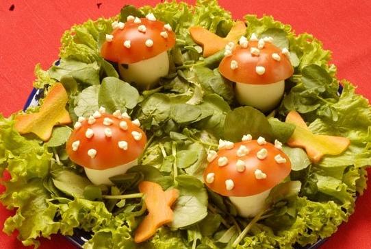 Salada divertida para as crianças