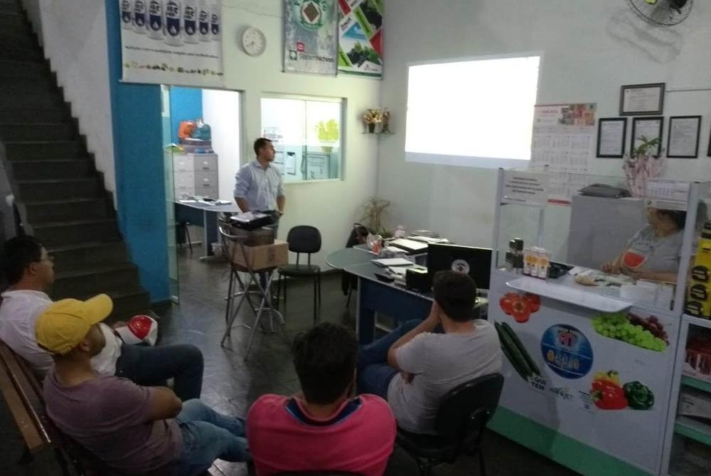 Treinamento da equipe F. Pezzato em Buri e Pilar do Sul (SP)