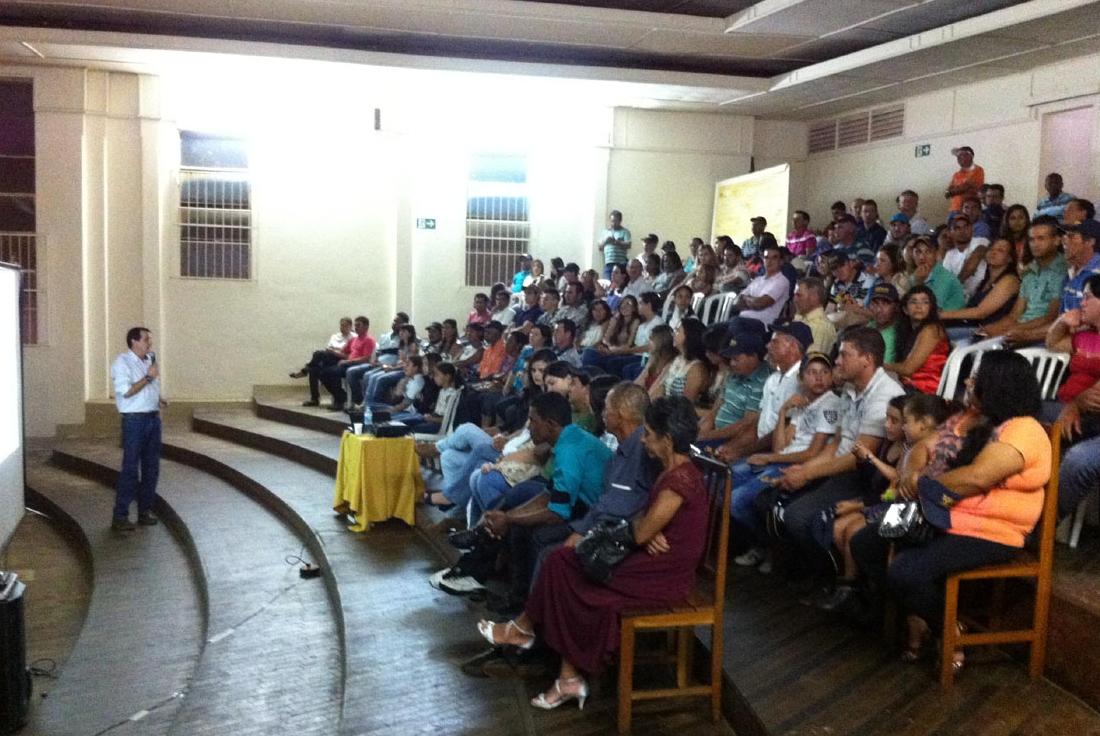 Topseed Premium promove palestra técnica sobre tomates em Araguari-MG